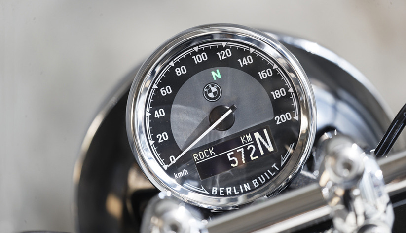 BMW R 18 dashboard
